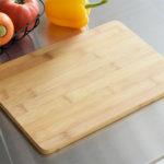 竹製まな板はどれがおすすめ?【竹のまな板の特徴と手入れ方法】