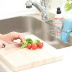 食材によって「まな板の使い分け」は必須?簡単にできる工夫とは?